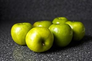 Пышная шарлотка с яблоками - фото шаг 1