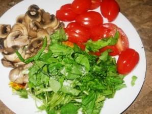 Салат с грибами отварными - фото шаг 5