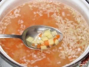Суп фасолевый с тушенкой  - фото шаг 5