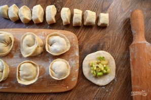 Вегетарианские пельмени с кабачками - фото шаг 4