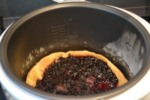 Пирог с черникой из слоеного бездрожжевого теста - фото шаг 7