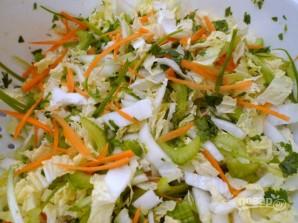 Салат с пекинской капустой и курицей - фото шаг 2