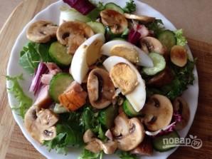 Салат из куриной грудки с грибами - фото шаг 9