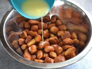 Брецель с чесноком и сыром - фото шаг 11