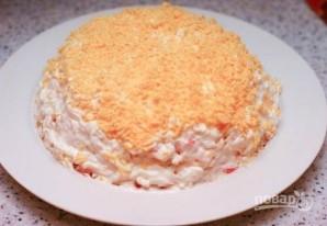 Салат с красной рыбой слоями - фото шаг 12