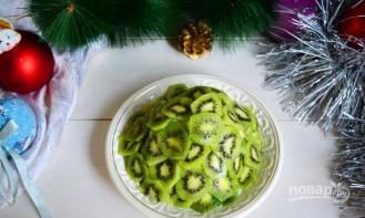 """Фруктовый салат """"Новогодняя ёлка"""" - фото шаг 7"""