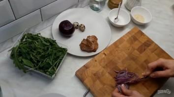 Вкусный салат с грушами и мясом - фото шаг 2