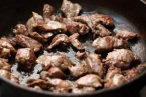 Гуляш из говядины с черносливом - фото шаг 2