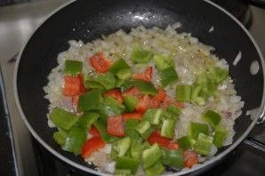 Рыбный суп с помидорами - фото шаг 3