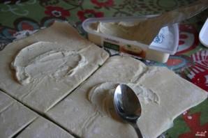 Пирожки с курицей и сыром в духовке - фото шаг 3