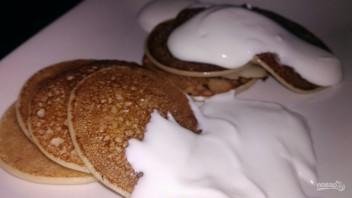 Панкейки на кислом молоке и ряженке - фото шаг 5