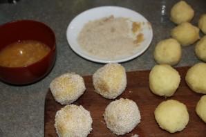 Картофельные шарики из пюре - фото шаг 2