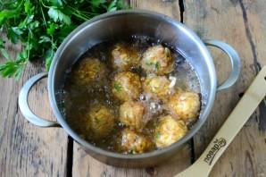 Картофельные шарики во фритюре - фото шаг 5