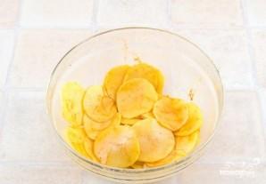 Домашние картофельные чипсы в духовке - фото шаг 2