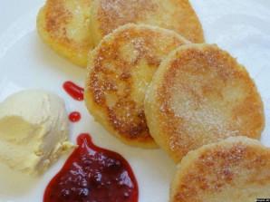 Сырники в духовке с манкой - фото шаг 5