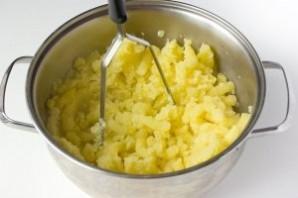 """Картофельное пюре с """"Пармезаном"""" - фото шаг 1"""