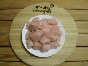 Куриные шашлычки на шпажках в духовке - фото шаг 4