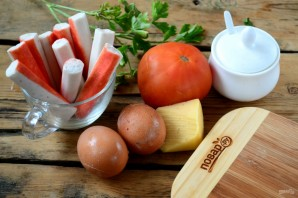 Слоеный салат с крабовыми палочками (вкусно и просто) - фото шаг 1