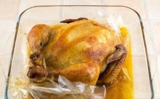 Курица, фаршированная грибами и рисом - фото шаг 12
