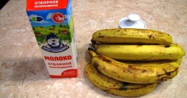 Мороженое из банана и молока - фото шаг 1