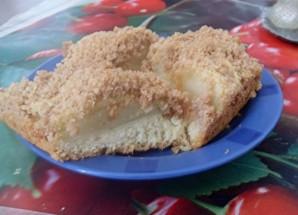 Шарлотка песочная с яблоками - фото шаг 7