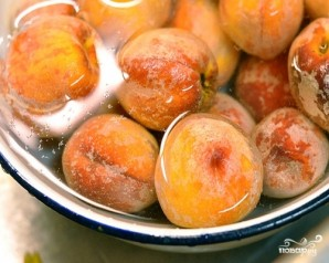 Компот из персиков на зиму - фото шаг 2