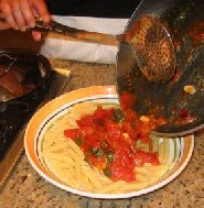 Пенне с помидорами и красным перцем - фото шаг 7