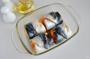 Рулеты из скумбрии с сыром и овощами - фото шаг 7