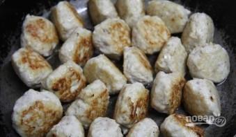Тефтели куриные в сливочном соусе - фото шаг 2