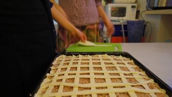 Рыбный пирог на скорую руку - фото шаг 3