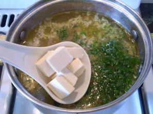 Рыбный суп с плавленым сыром - фото шаг 10