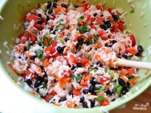 Салат с рисом и креветками - фото шаг 9
