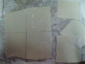 Пирожки из слоеного теста без дрожжей - фото шаг 7