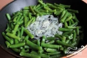 Салат из консервированной фасоли - фото шаг 2