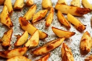 Печеный картофель с соусом из авокадо - фото шаг 5