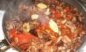Маринованные опята в томатном соусе - фото шаг 5