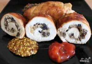 Куриные рулетики с грибами и сыром - фото шаг 9