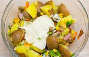 Салат из ветчины и кукурузы - фото шаг 5