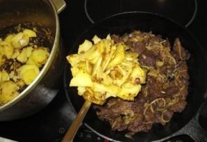 Жареная говядина с картошкой - фото шаг 13