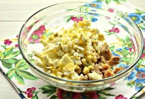 Салат из кальмаров с яйцом и сыром - фото шаг 3