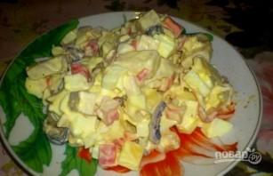 Салат с морским коктейлем - фото шаг 5