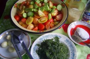 Салат на зиму из огурцов и помидоров - фото шаг 2