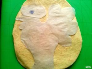 Пирог в виде петуха - фото шаг 8