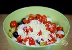 Салат из пасты с соусом песто  - фото шаг 5