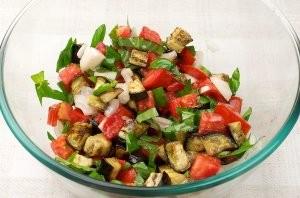 Салат к запеченной семге - фото шаг 9