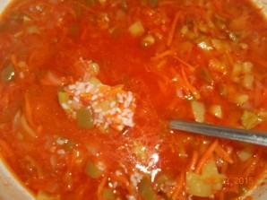 Овощной салат с рисом на зиму - фото шаг 7