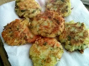 Оладьи из кабачков с сыром и чесноком - фото шаг 6
