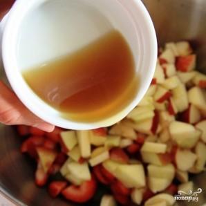 Фруктовый салат с медовым сиропом - фото шаг 8