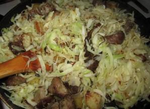 Свинина с капустой и картошкой - фото шаг 6
