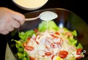 Салат с креветками и ананасами - фото шаг 8
